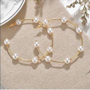 Zara Statement Pearl Earrimgs